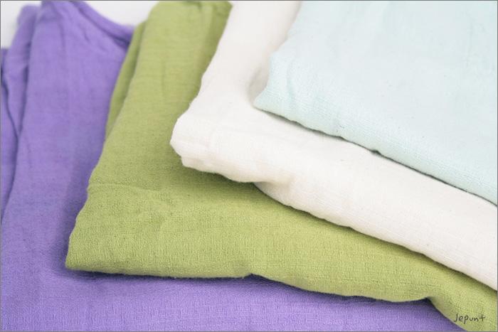 肌触りの良いコットン素材のクルタ長袖シャツ、4色展開です
