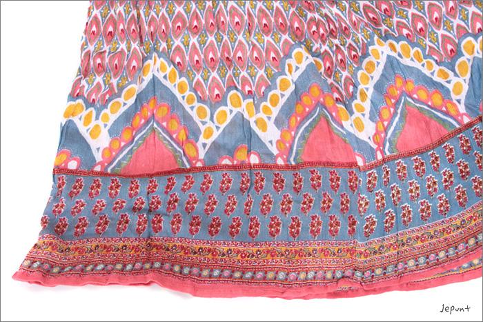 スカート■インド製ひざ丈プリントスカートの生地拡大