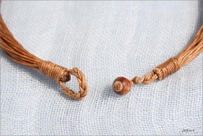 大きなシェル(貝)のネックレス 留め部分