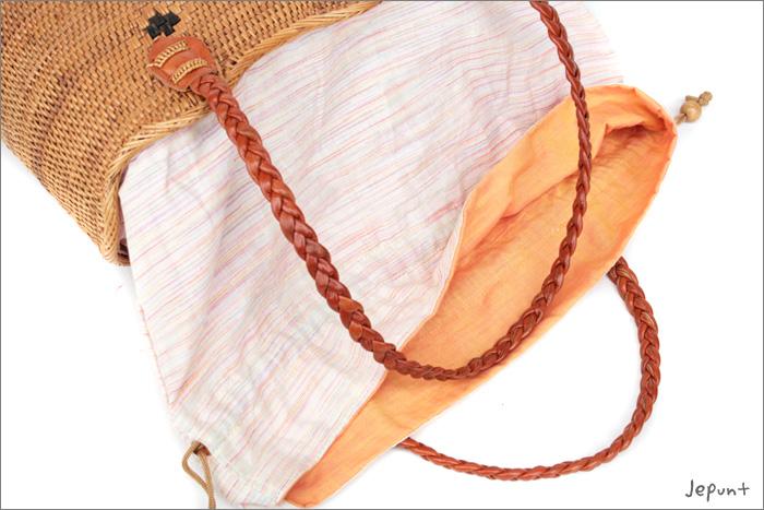 淡いピンクの縞模様×パステルオレンジの内布です