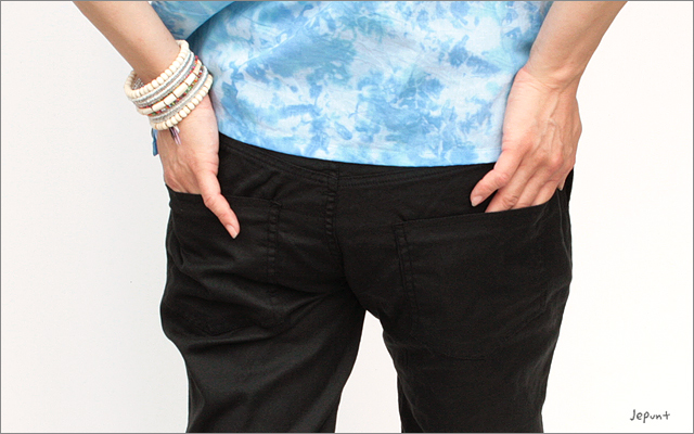 パンツ■裾ゴム入りやわらかコットンパンツ(ブラック)