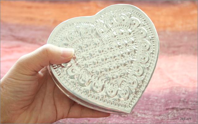 エスニック雑貨■アルミ製フタ付きハート型小物入れBOX バリ雑貨